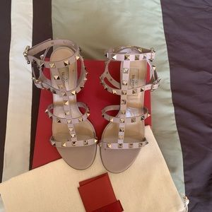 Valentino rockstud nude block heel sandals size 36
